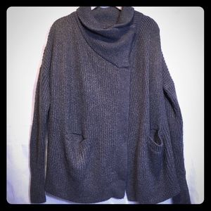Abercrombie and Fitch gray sweater